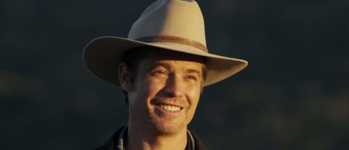 ba38ca98270f2 Is Raylan Givens From  Justified  The Coolest TV Character Ever