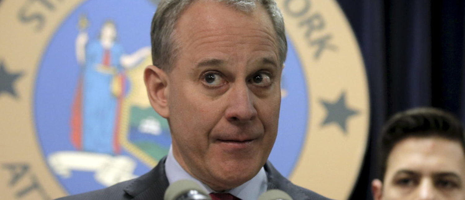 New York Attorney General Eric Schneiderman speaks during a news conference about fantasy sports companies FanDuel and DraftKings in New York March 21, 2016. REUTERS/Brendan McDermid