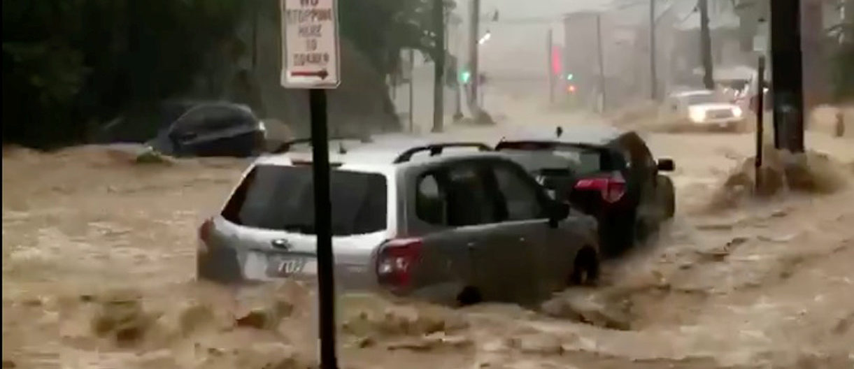 Flooding is seen in Ellicott City, Maryland, U.S. May 27, 2018, in this still image from video from social media. Twitter/@ryguyblake/via REUTERS THIS IMAGE HAS BEEN SUPPLIED BY A THIRD PARTY. MANDATORY CREDIT. NO RESALES. NO ARCHIVES - RC1E3B02BE80