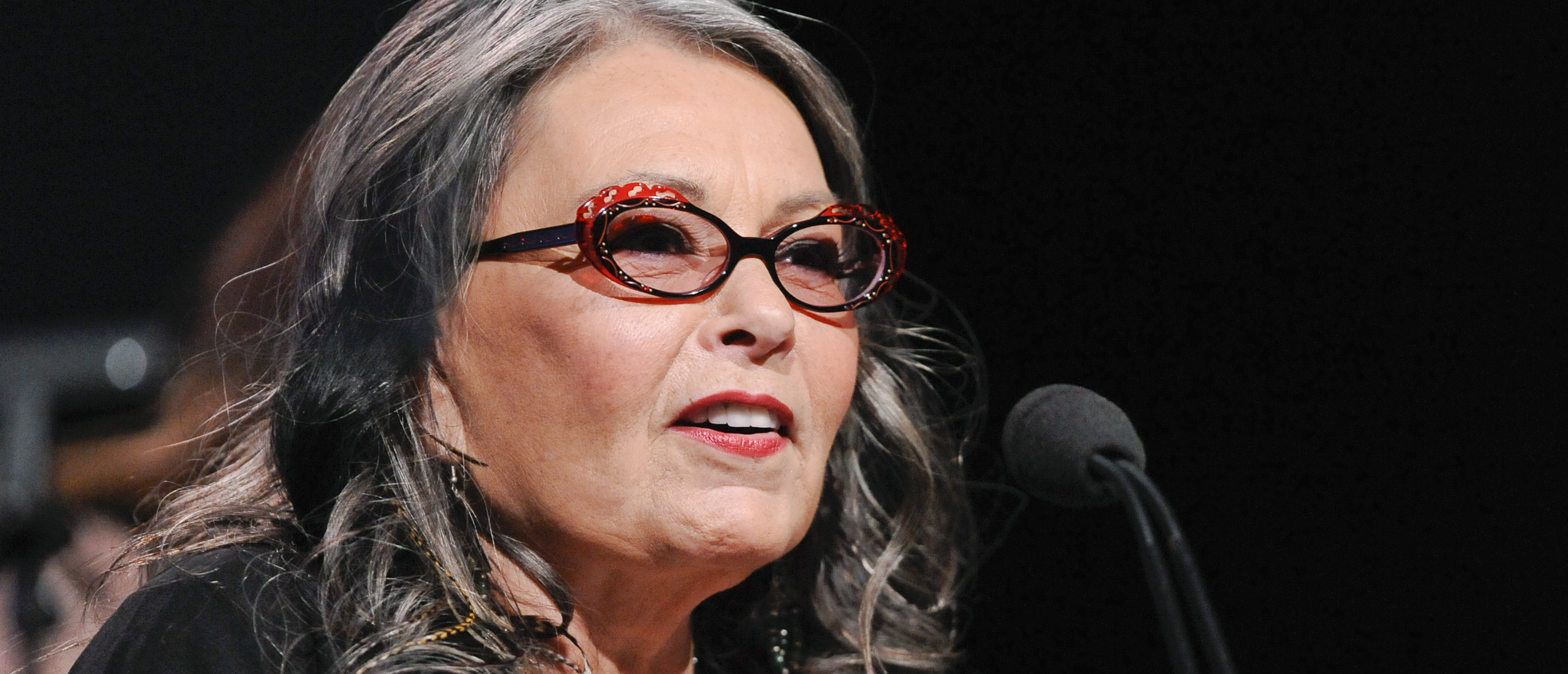 "Actress and reality show personality Roseanne Barr from the television show ""Roseanne's Nuts"" addresses the media during the Lifetime channel portion of the Press Tour for the Television Critics Association in Beverly Hills, California, July 27, 2011. REUTERS/Gus Ruelas (UNITED STATES - Tags: ENTERTAINMENT) - GM1E77S0M6H01"