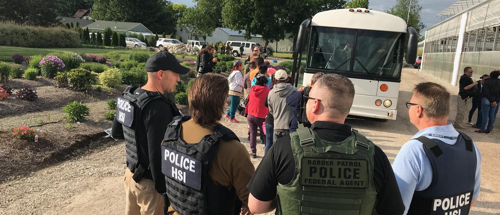 immigration agents arrest 114 - 1600×688