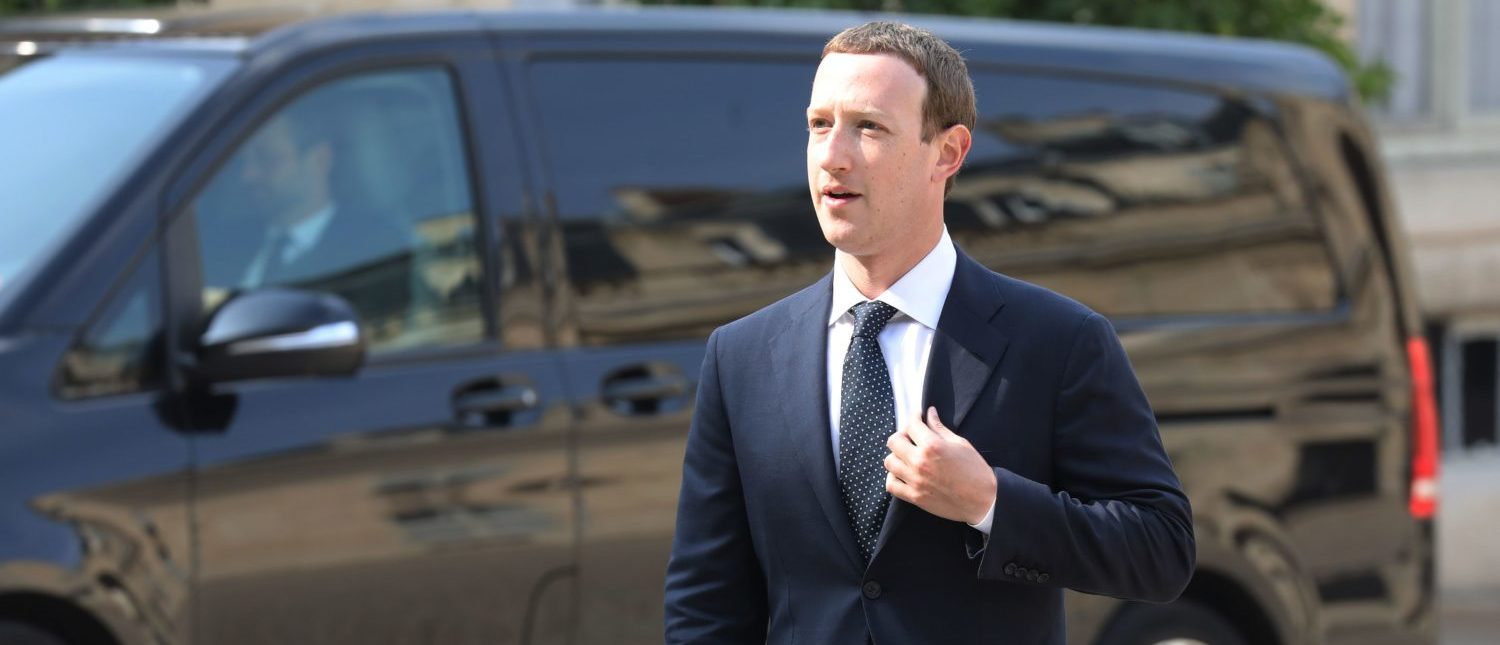 "Facebook CEO Mark Zuckerberg arrives to attend a meeting with the French president at the Elysee Palace in Paris on May 23, 2018. - Fresh from saying ""sorry"" to European lawmakers, Facebook CEO Mark Zuckerberg holds talks with the president on May 22 where he will face renewed pressure over his company's tax policies. (Photo: LUDOVIC MARIN/AFP/Getty Images)"