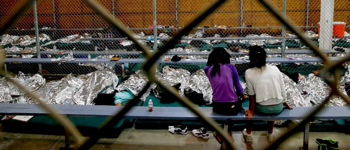 FACT CHECK: Viral Image Claims To Show 'Kids In Cages' During The Obama Administration thumbnail