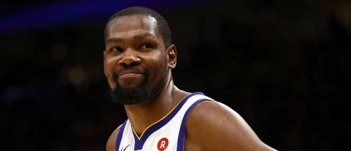 CLEVELAND, OH - JUNE 06: Kevin Durant #35 of the Golden State Warriors reacts against the Cleveland Cavaliers in the second half during Game Three of the 2018 NBA Finals at Quicken Loans Arena on June 6, 2018 in Cleveland, Ohio. (Photo by Gregory Shamus/Getty Images)
