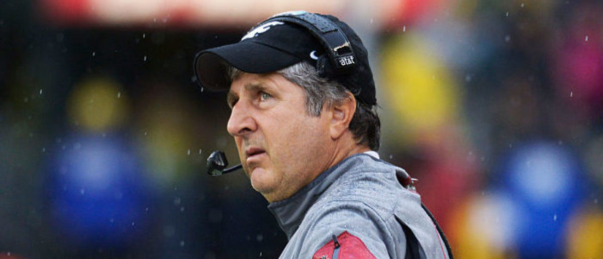 Mike Leach Tweets About Sasquatch And The First Guy To Hear A Parrot Talk