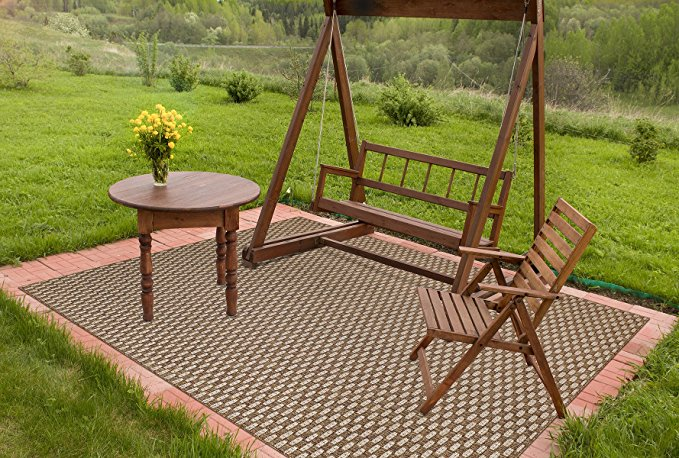 Normally $515, this outdoor patio rug is 42 percent off today (Photo via Amazon)