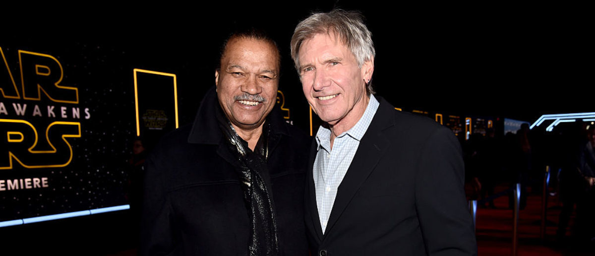 "Actors Billy Dee Williams (L) and Harrison Ford attend the World Premiere of ""Star Wars: The Force Awakens"" at the Dolby, El Capitan, and TCL Theatres on December 14, 2015 in Hollywood, California. (Photo by Alberto E. Rodriguez/Getty Images for Disney)"