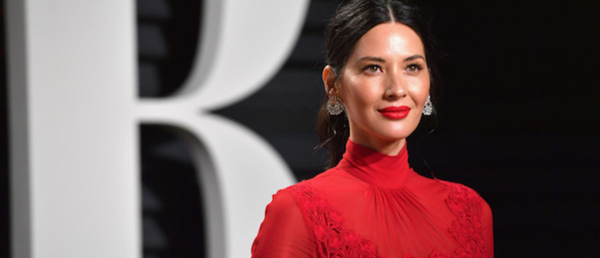 Report: Olivia Munn Gets Called In To Help Couple After Dognapping