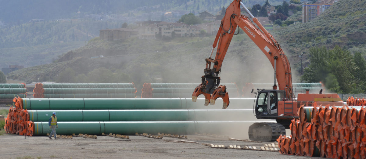 Steel pipe to be used in the oil pipeline construction of Kinder Morgan Canada's Trans Mountain Expansion Project at a stockpile site in Kamloops, British Columbia, Canada May 29, 2018. REUTERS/Dennis Owen