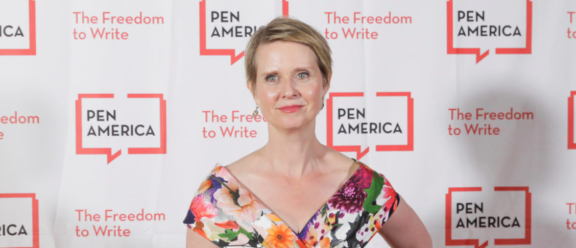 Actress Cynthia Nixon arrives to attend the PEN America Literary Gala in New York, U.S., May 22, 2018. REUTERS/Lucas Jackson - RC176E0B3500