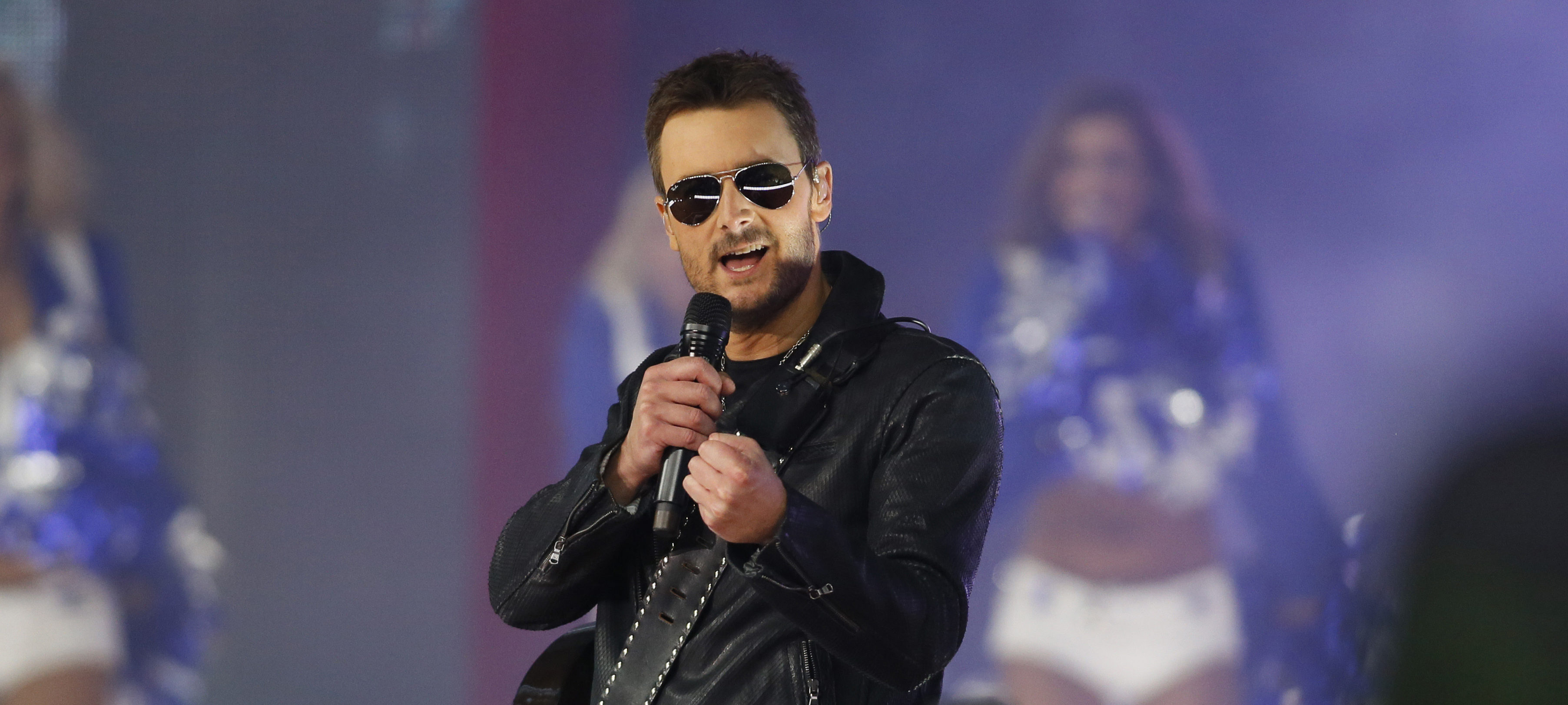 Nov 24, 2016; Arlington, TX, USA; Country music artist Eric Church performs during the halftime of the game between the Dallas Cowboys and the Washington Redskins at AT&T Stadium. Dallas won 31-26. Mandatory Credit: Tim Heitman