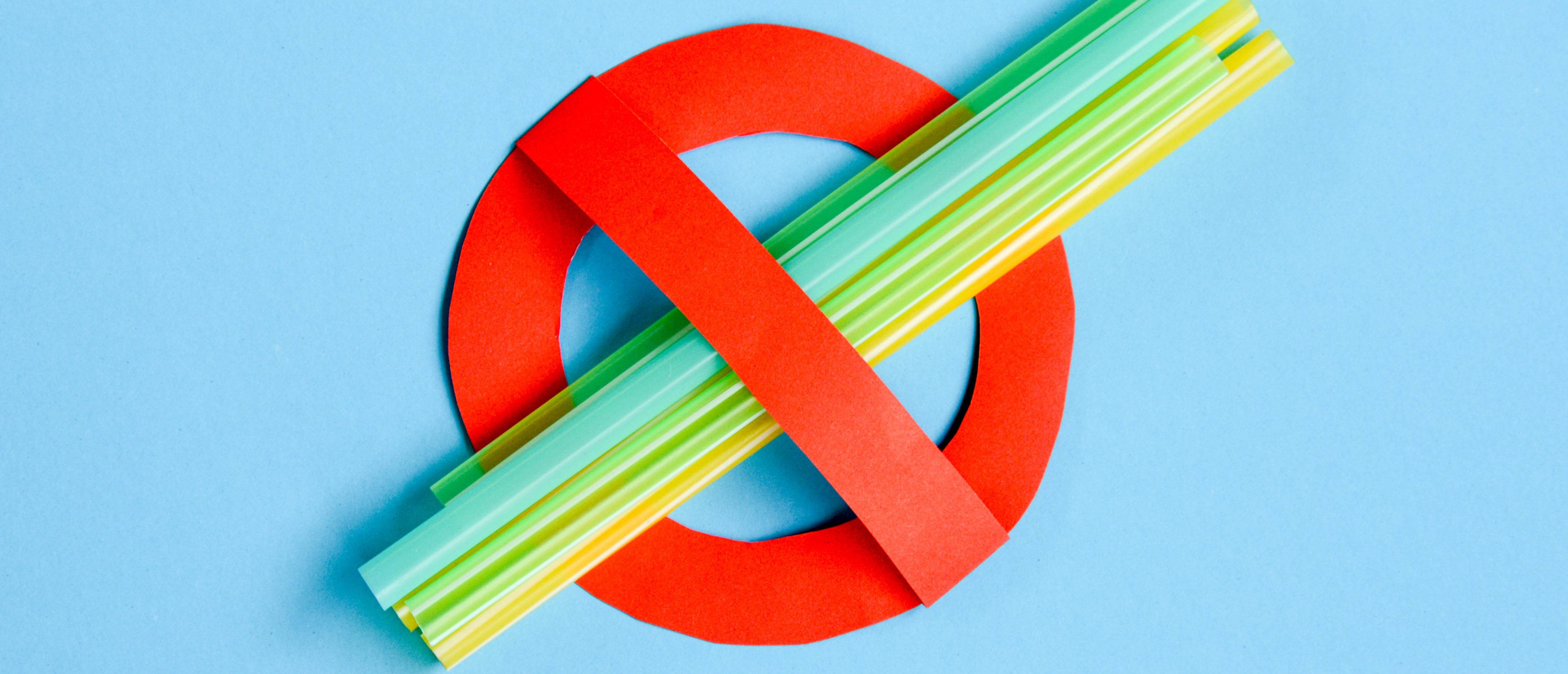 Straw ban, Shutterstock/ By Kanittha Boon
