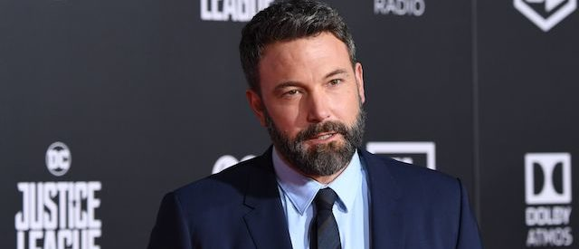 """Ben Affleck arrives for the world premiere of Warner Bros. Pictures' """"Justice League,"""" November 13, 2017 at the Dolby Theater in Hollywood, California. / AFP PHOTO / Robyn Beck (Photo credit: ROBYN BECK/AFP/Getty Images)"""