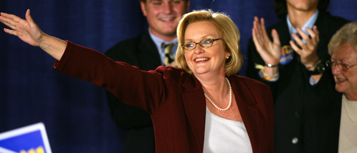 Claire McCaskill, Democratic candidate for U.S. State Senate in Missouri, smiles during her acceptance speech after defeating Senator Jim Talent in St. Louis, Missouri, November 7, 2006. REUTERS/Peter Newcomb