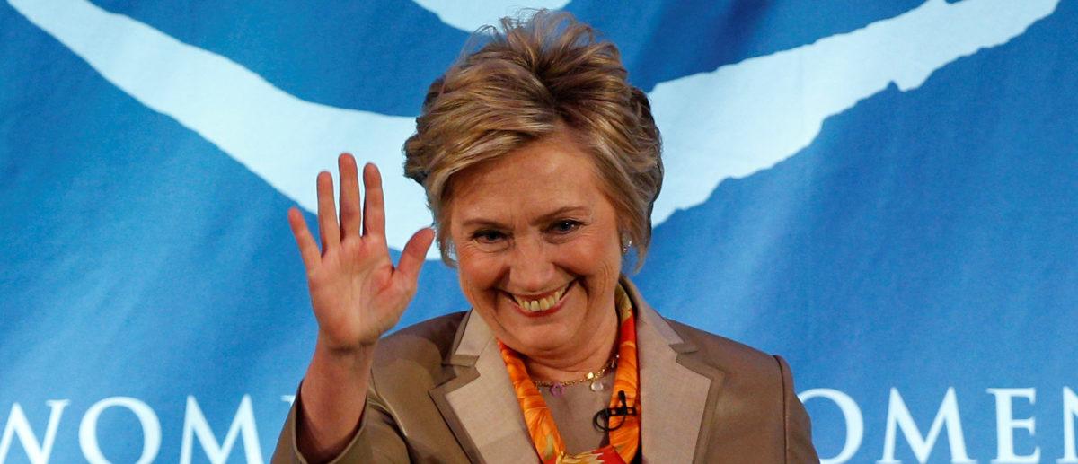 Hillary Clinton Praises Child Who Knelt During The Pledge Of Allegiance