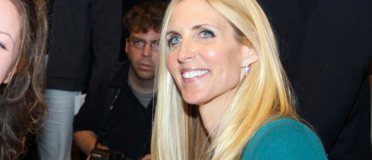 U.S. political commentator Ann Coulter (R) poses for a photo and sign books at the conclusion of her speaking engagement to a sold out crowd in Calgary, Alberta, March 25, 2010. REUTERS/Jack Cusano (CANADA - Tags: POLITICS) - GM1E63Q0X4J01