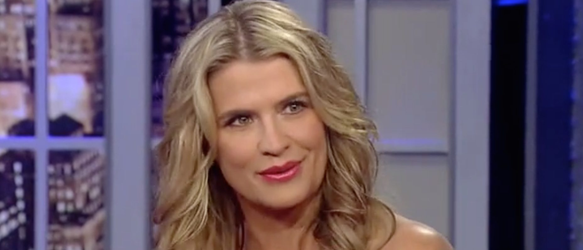 Kristy Swanson calls out teacher at son's school for not ... |Kristy Swanson Weight Gain