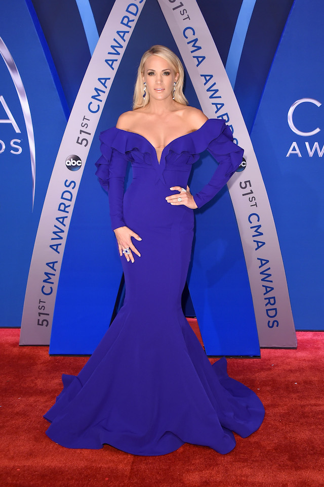 Singer-songwriter Carrie Underwood attends the 51st annual CMA Awards at the Bridgestone Arena on November 8, 2017 in Nashville, Tennessee. (Photo by Michael Loccisano/Getty Images)