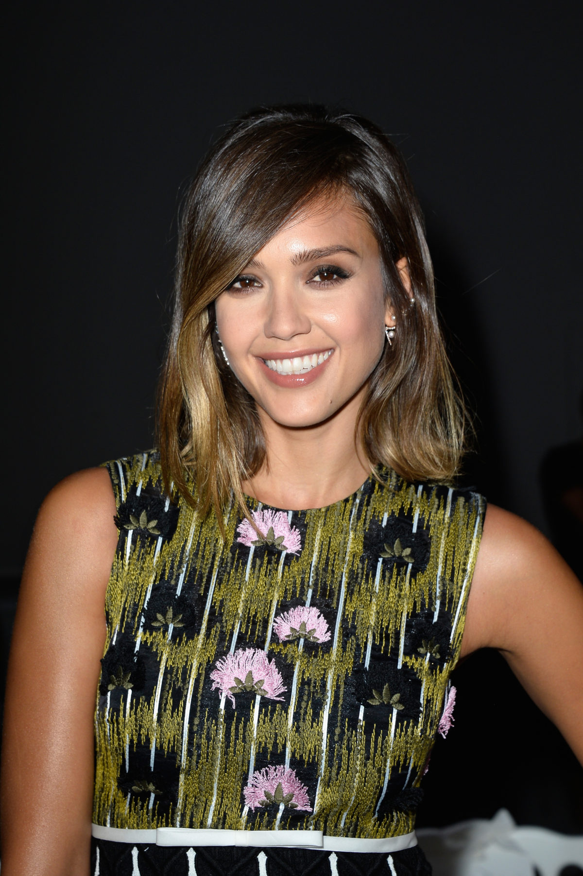 Jessica Alba attends the Giambattista Valli show as part of Paris Fashion Week Haute Couture Fall/Winter 2015/2016 on July 6, 2015 in Paris, France. (Photo by Pascal Le Segretain/Getty Images)