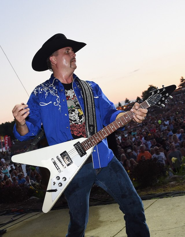 John Rich of Big and Rich performs during Country Thunder - Day 4 on July 23, 2017 in Twin Lakes, Wisconsin. (Photo by Rick Diamond/Getty Images for Country Thunder)
