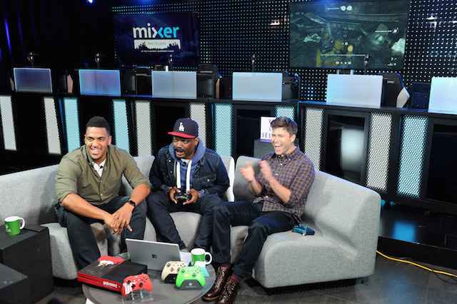 Saturday Night Live's Michael Che and Colin Jost join Xbox Live Sessions with host Rukari Austin to play WOLFENSTEIN II: THE NEW COLOSSUS at the Mixer NYC Studio on October 30, 2017 in New York City. (Photo by Craig Barritt/Getty Images for Xbox)