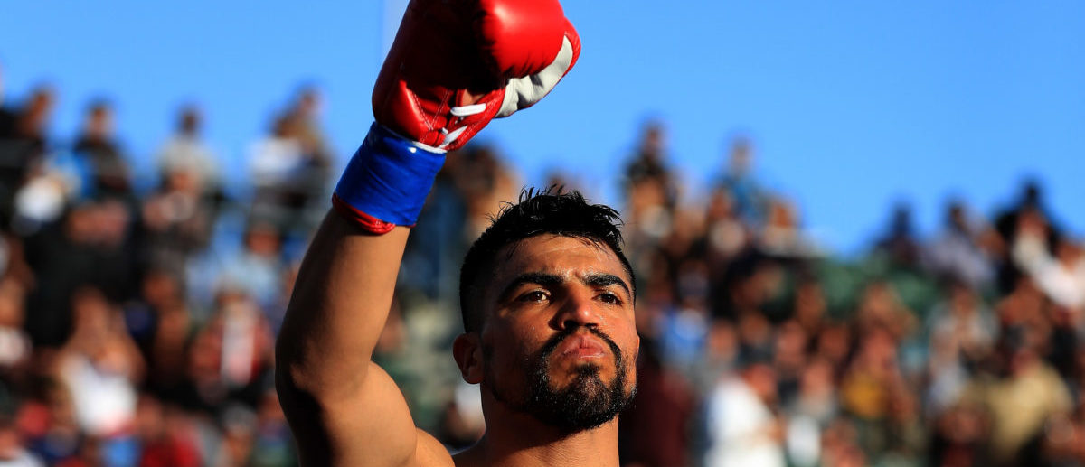 CARSON, CA - APRIL 30: Victor Ortiz waves to the crowd prior to a welterweight fight at StubHub Center on April 30, 2016 in Carson, California. (Photo by Sean M. Haffey/Getty Images)