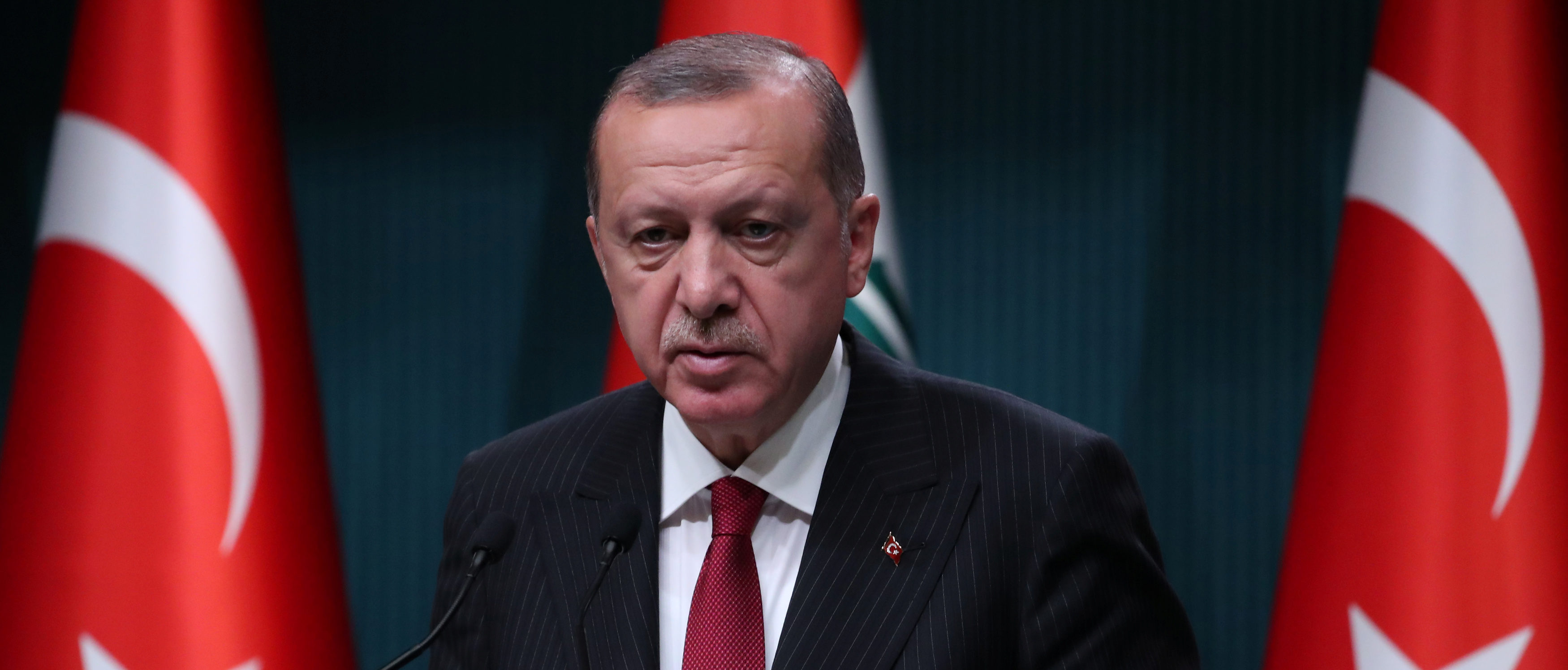 WaPo Runs Full-Page Ad Calling For Extradition Of Erdogan's Political Foe