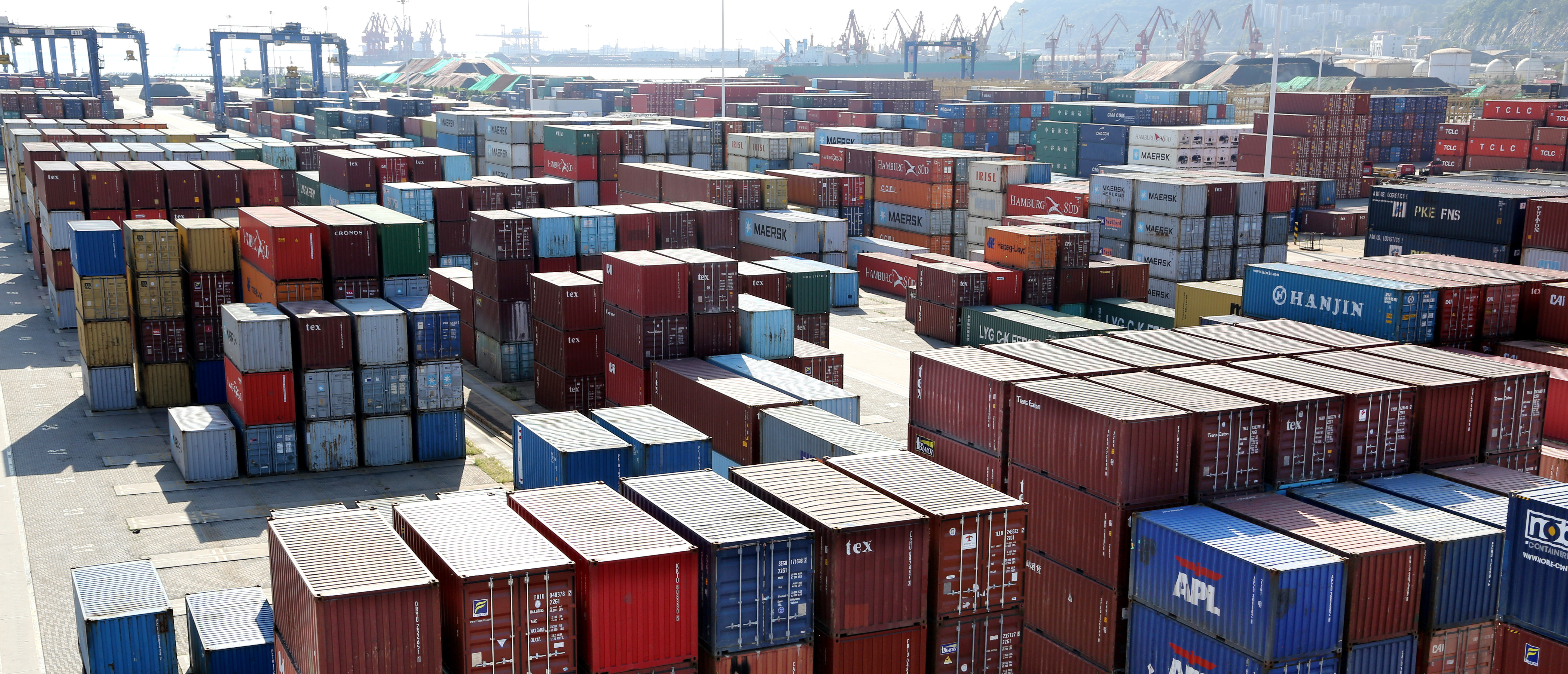 Shipping containers are seen at a port in Lianyungang, Jiangsu province, China September 8, 2018. REUTERS/Stringer