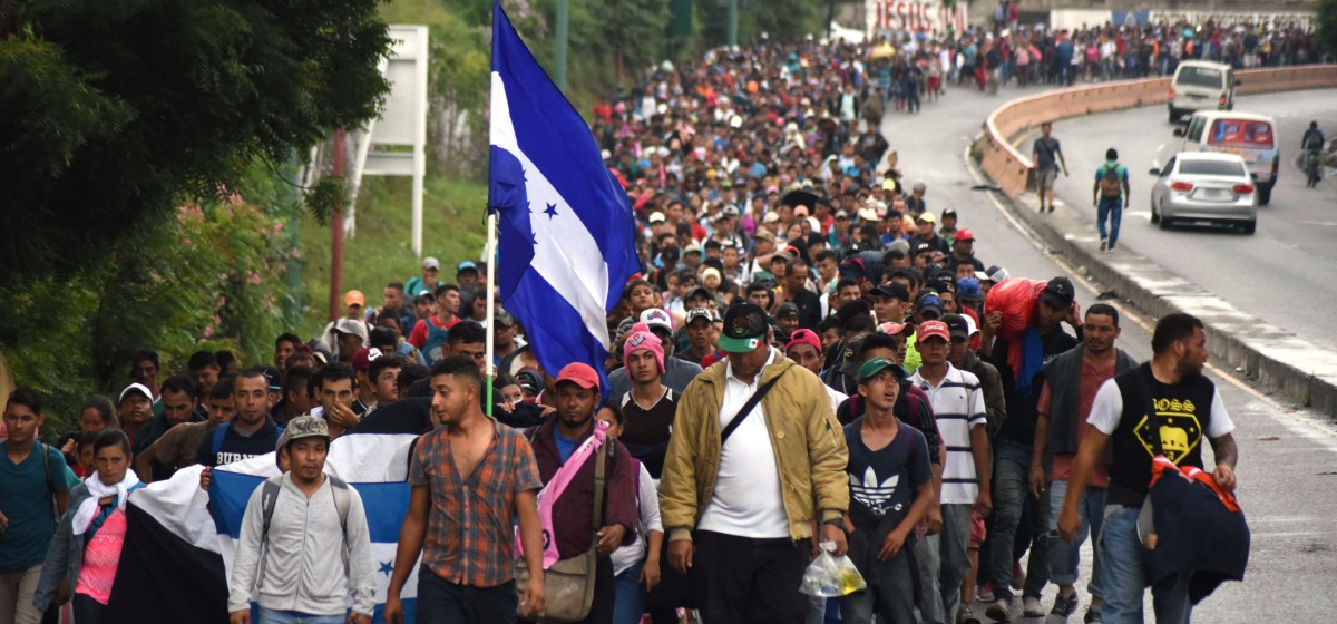 Honduran migrants take part in a caravan towards the United States in Chiquimula, Guatemala on October 17, 2018. (Photo: ORLANDO ESTRADA/AFP/Getty Images)