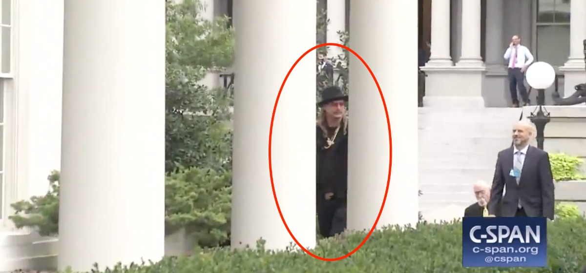 Reporters Asked Kid Rock If Sessions Should Be Fired – He Tells Them They Should Be Fired