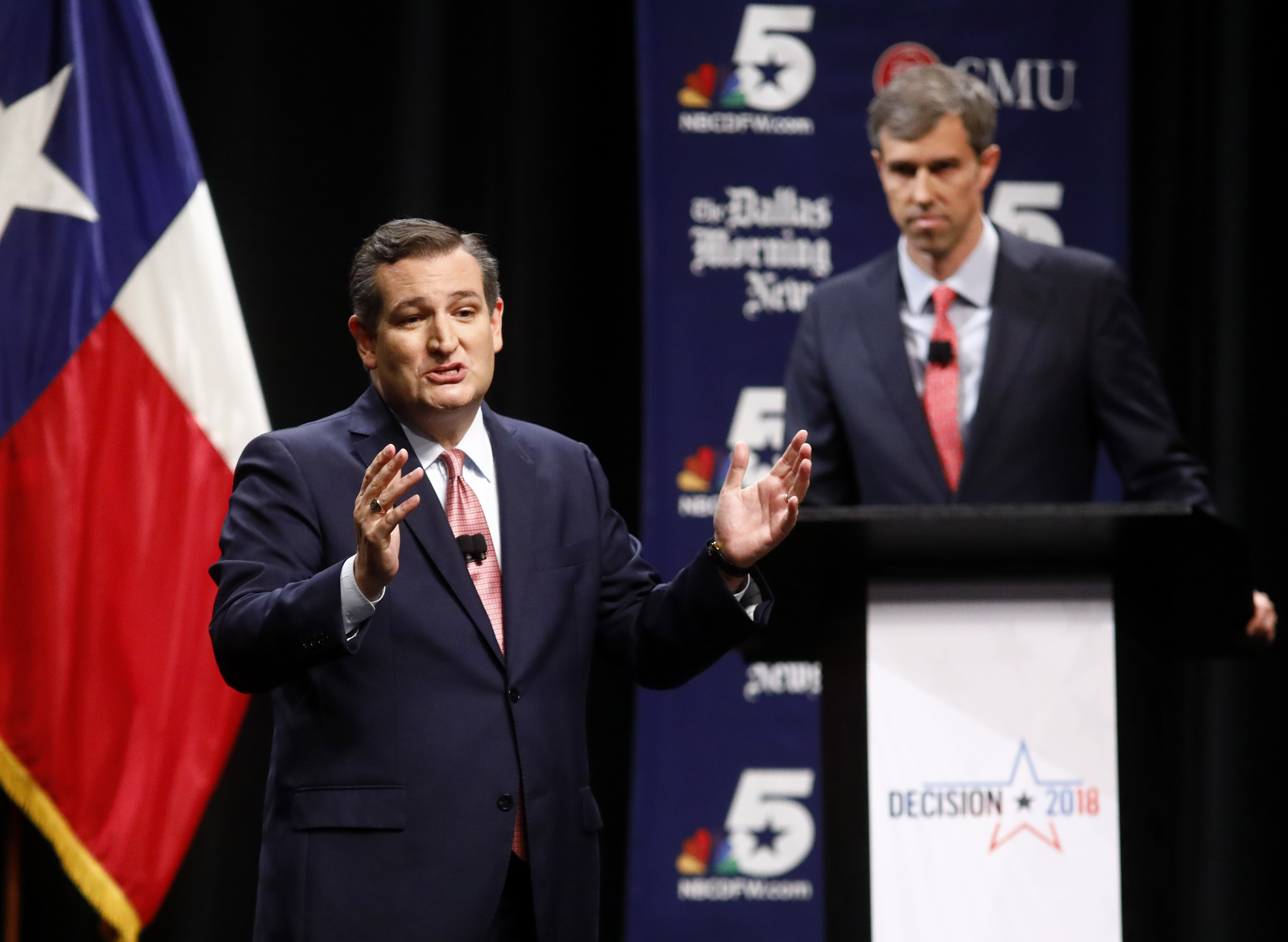 DALLAS, TX - SEPTEMBER 21: Sen. Ted Cruz (R-TX) makes his final remarks as Rep. Beto O'Rourke (D-TX) listens during a debate at McFarlin Auditorium at SMU on September 21, 2018 in Dallas, Texas. (Photo by Tom Fox-Pool/Getty Images)