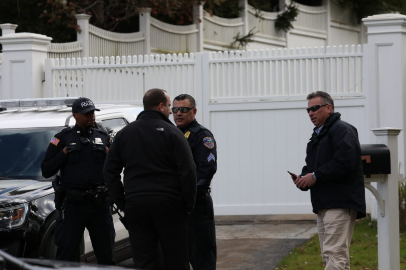 Law enforcement officers are present at the home of former Democratic presidential candidate Hillary Clinton in the New York suburb of Chappaqua, New York, October 24, 2018. REUTERS/Mike Segar