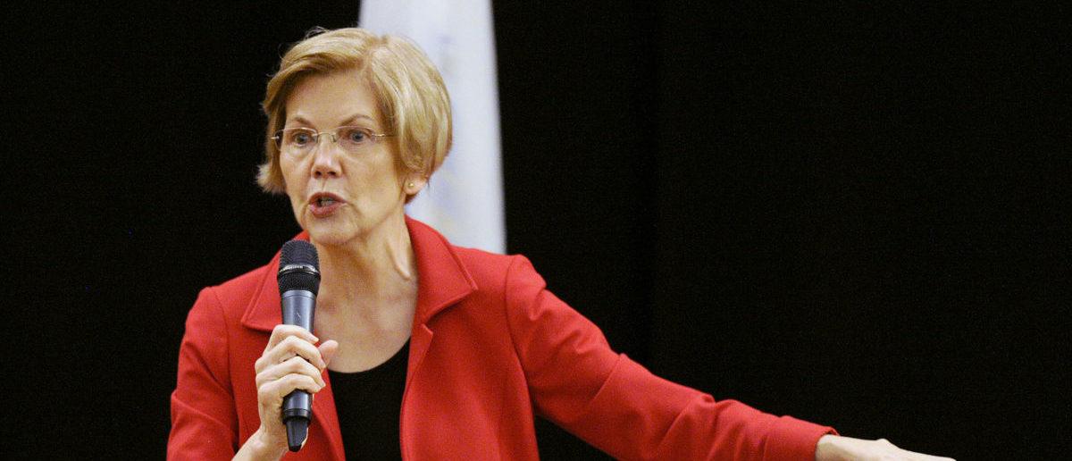 US Senator Elizabeth Warren (D-MA) addresses a town hall meeting in Roxbury, Massachusetts, October 13, 2018. (Photo: JOSEPH PREZIOSO/AFP/Getty Images)