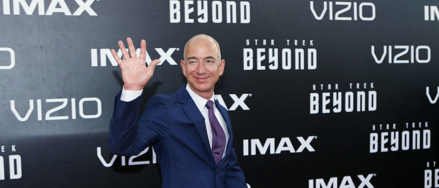 """CEO of Amazon.com Jeff Bezos arrives for the world premiere of """"Star Trek Beyond"""" at Comic Con in San Diego, California U.S., July 20, 2016. REUTERS/Mike Blake"""
