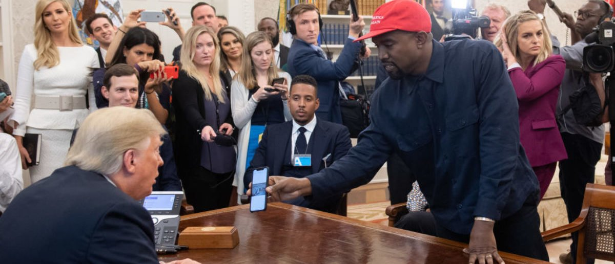 US President Donald Trump meets with rapper Kanye West (R) in the Oval Office of the White House in Washington, DC, on October 11, 2018. (Photo: SAUL LOEB/AFP/Getty Images)