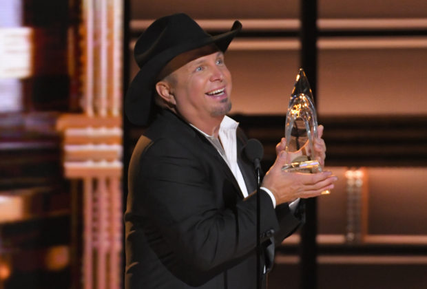 Garth Brooks turned out to be the most favored celebrity of Republicans
