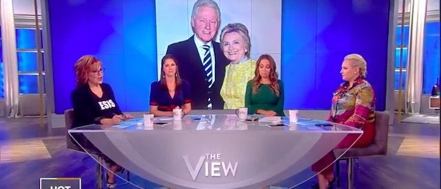 'The View' Criticizes Hillary Clinton Over Defense Of Bill Clinton's Sexual Misconduct Accusations [VIDEO]
