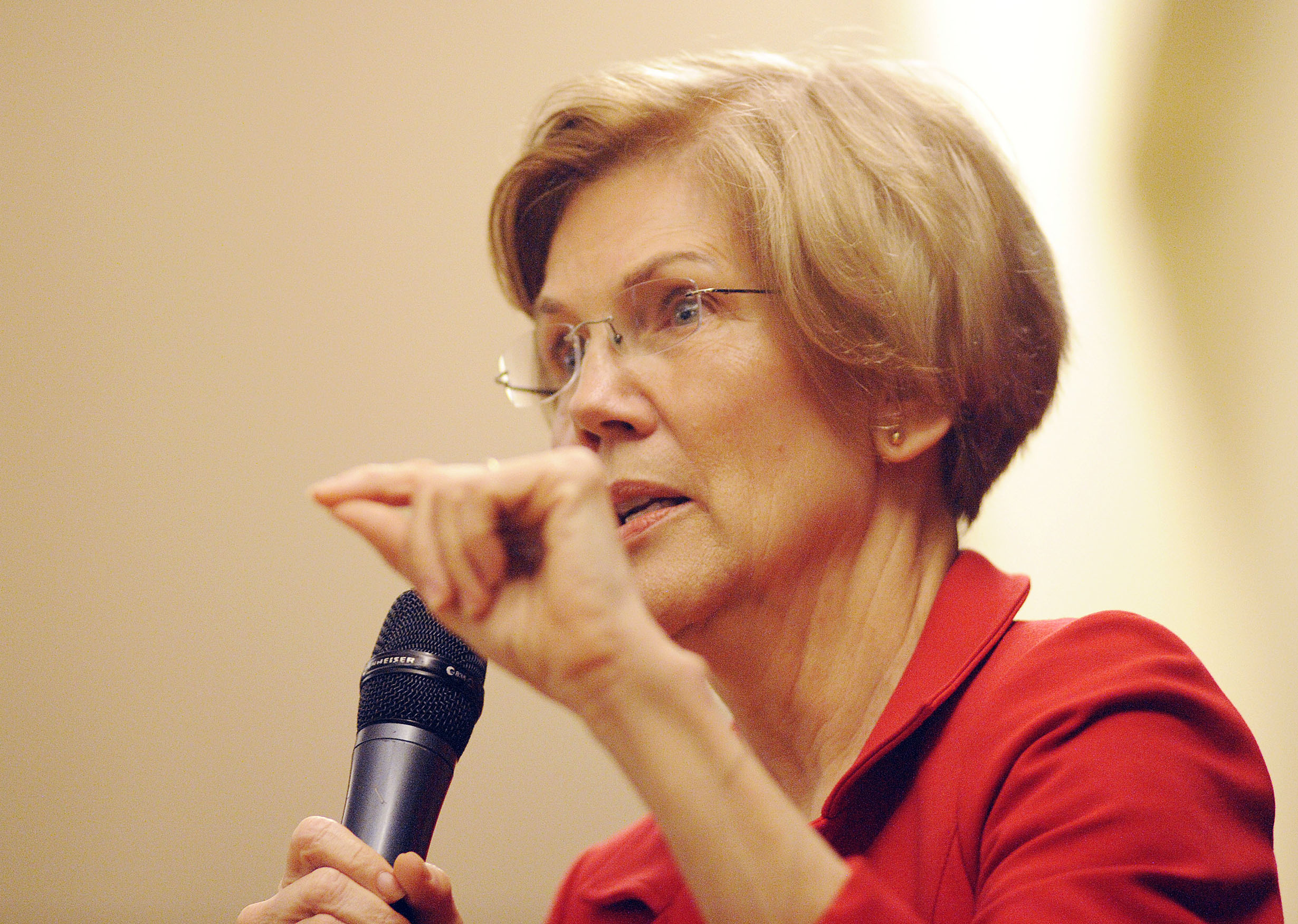 US Senator Elizabeth Warren (D-MA) addresses a town hall meeting in Roxbury, Massachusetts, October 13, 2018. (Photo JOSEPH PREZIOSO/AFP/Getty Images)