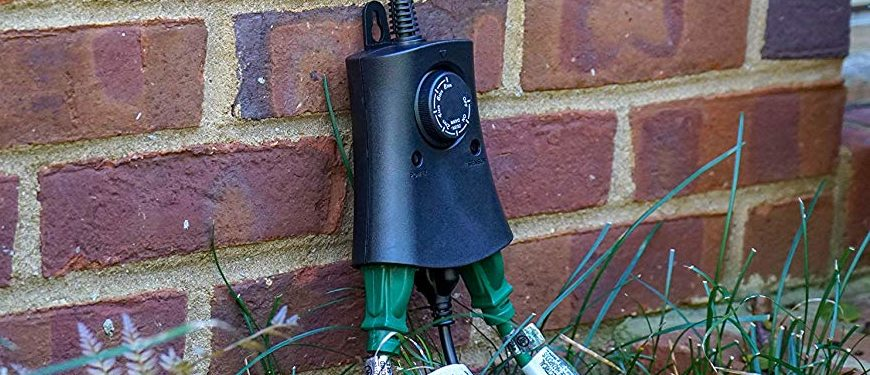 Photo via Amazon - Set Your Christmas Lights With This Outdoor Timer Outlet The Daily
