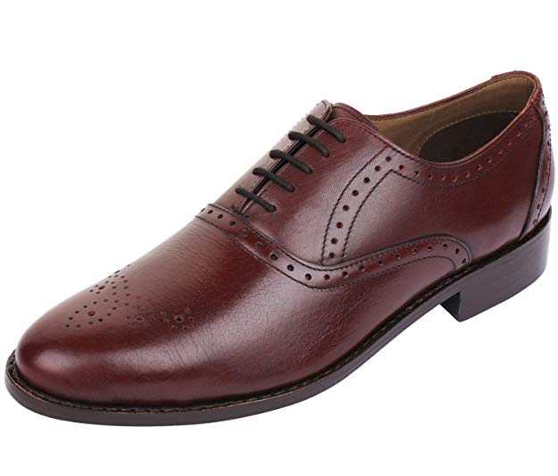 Normally $130, these Oxfords are 35 percent off today (Photo via Amazon)