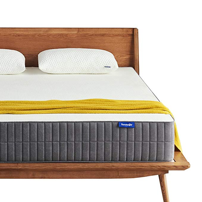 Normally $900, this queen-sized 10-inch gel memory foam mattress is 64 percent off today (Photo via Amazon)