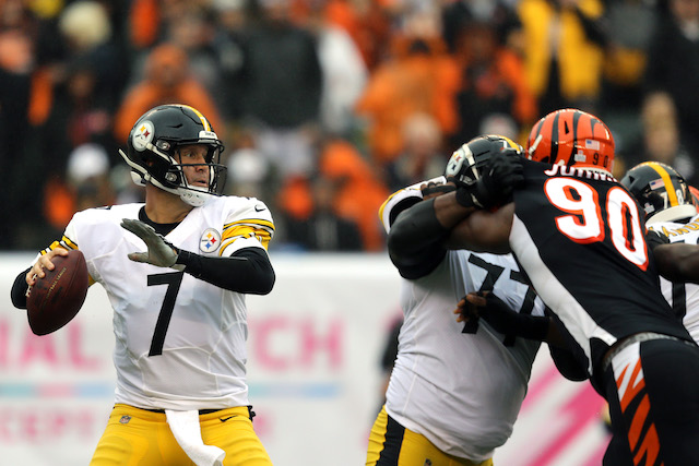 Pittsburgh Steelers quarterback Ben Roethlisberger (7) throws against the Cincinnati Bengals in the first half at Paul Brown Stadium. Mandatory Credit: Aaron Doster-USA TODAY Sports (Photo: Reuters Images)