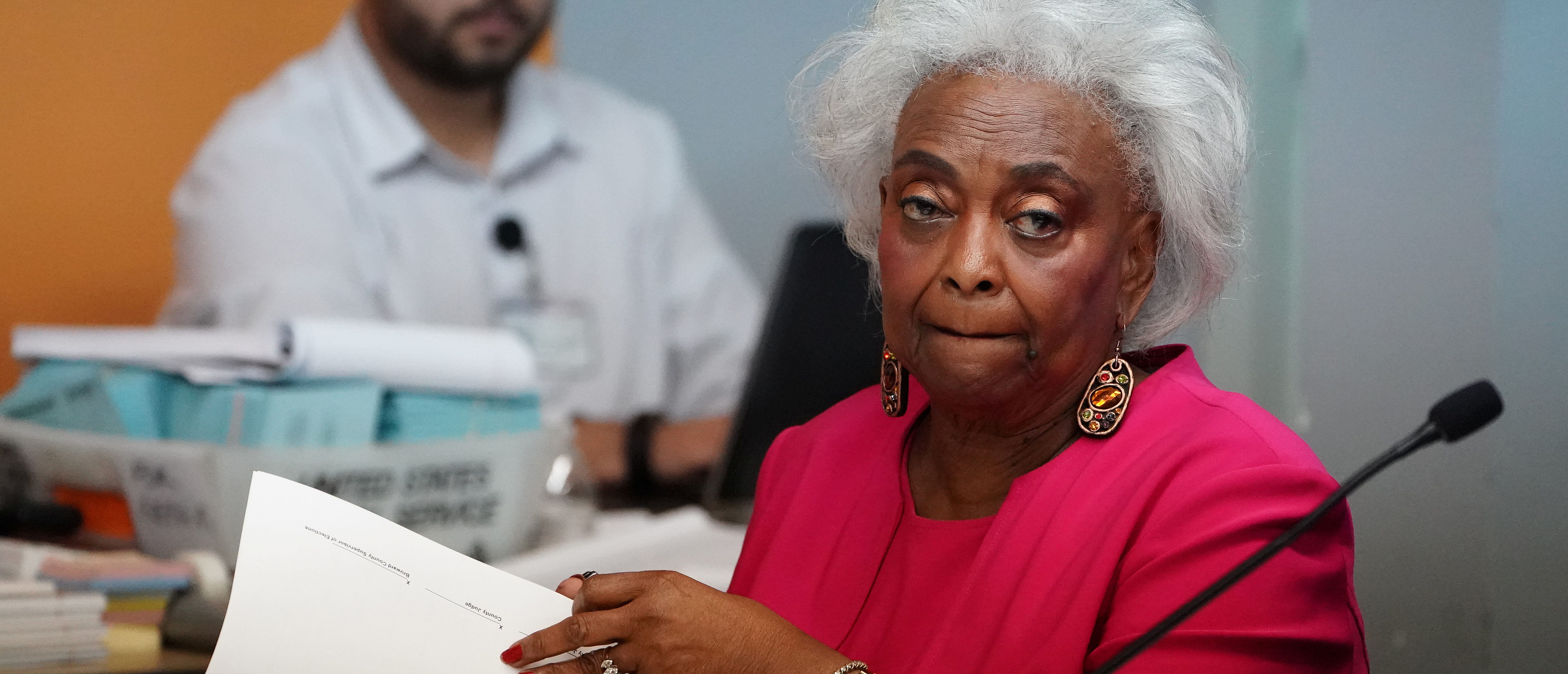 Broward County Supervisor of Elections Brenda Snipes listens during a ballot recount in Lauderhill, Florida, November 12, 2018. REUTERS/Carlo Allegri