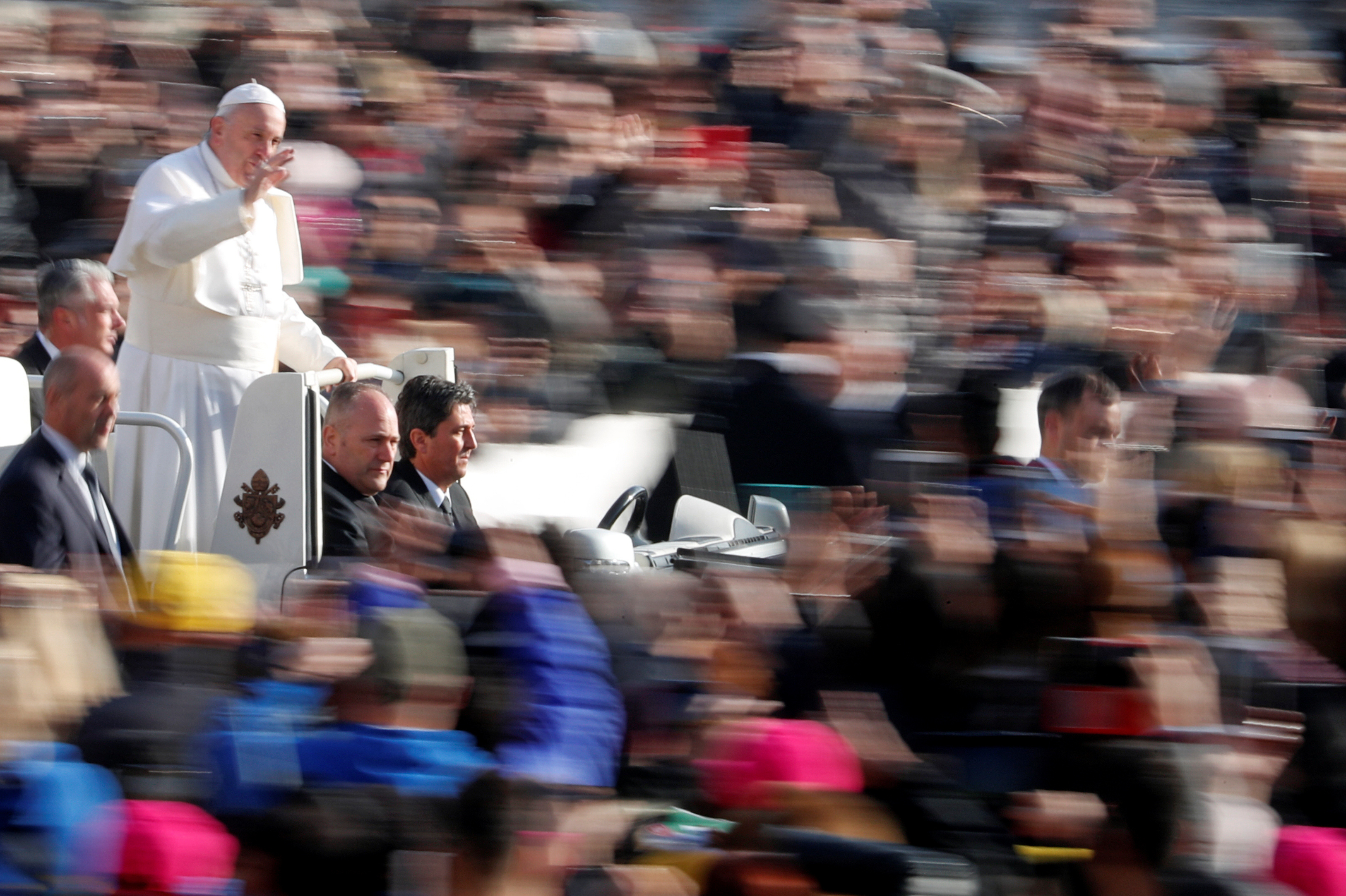 Pope Francis arrives to lead the weekly general audience in Saint Peter's Square at the Vatican November 14, 2018. REUTERS/Max Rossi