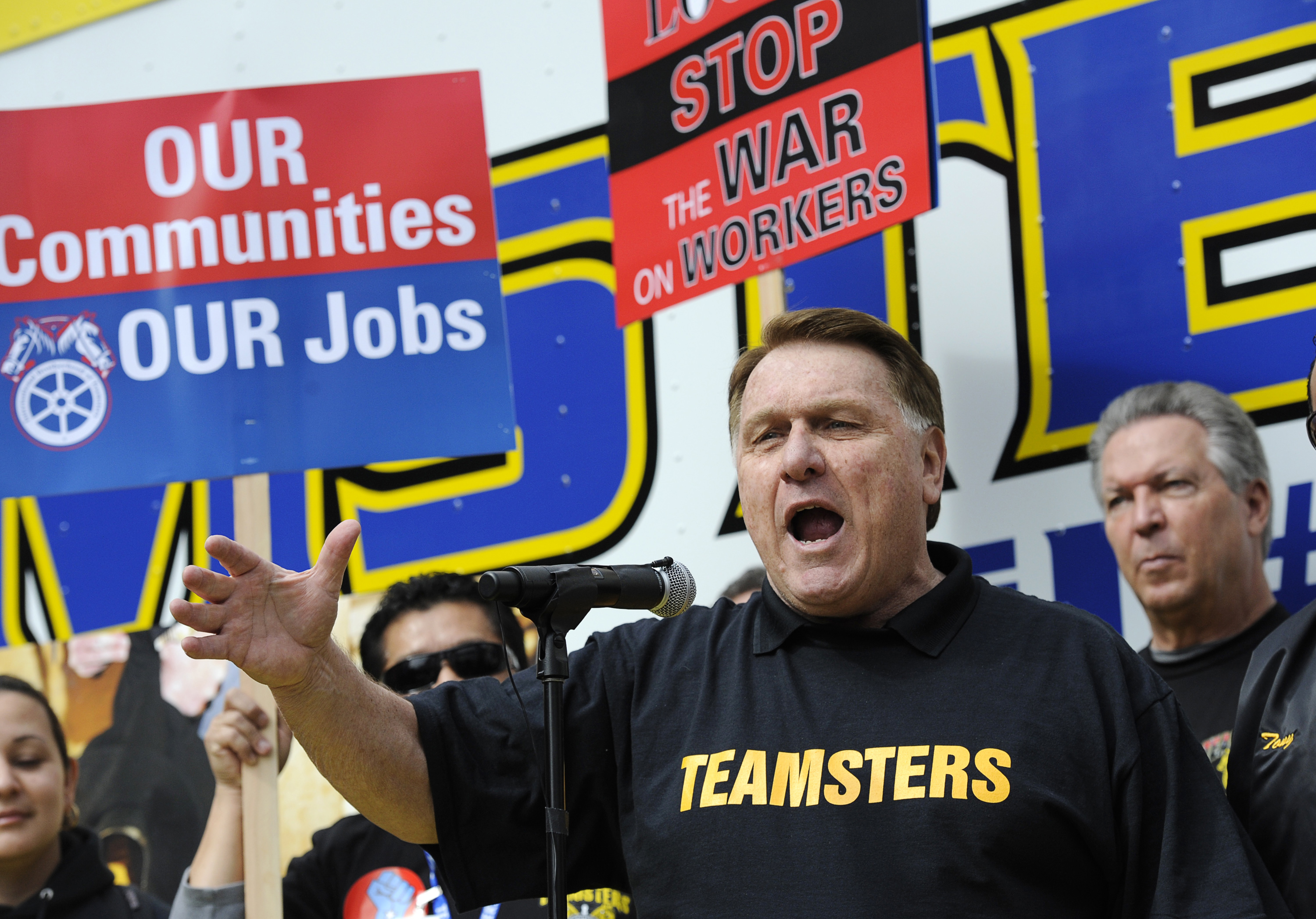 Los Angeles County Federation of Labor, Teamsters General President James Hoffa Jr. speaks during a march and rally by labor union supporters in Los Angeles March 26, 2011. REUTERS/Phil McCarten