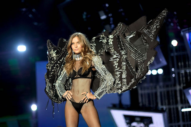 Josephine Skriver walks the runway during the 2017 Victoria's Secret Fashion Show In Shanghai at Mercedes-Benz Arena on November 20, 2017 in Shanghai, China. (Photo by Matt Winkelmeyer/Getty Images for Victoria's Secret)