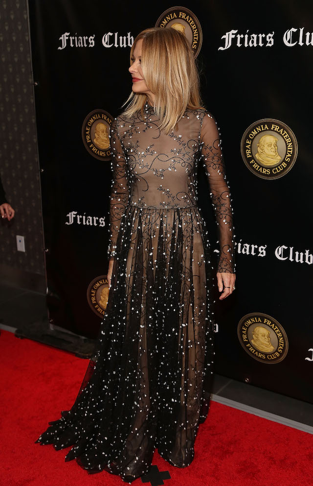 Meg Ryan attends the Friar's Club Honors Billy Crystal with their Entertainment Icon Award at The Ziegfeld Ballroom on November 12, 2018 in New York City. (Photo: Getty Images)