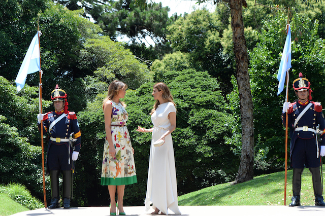 Melania Trump (L), US President Donal Trump's wife, greets Juliana Awada, President of Argentina Mauricio Macri's wife, during a visit to Villa Ocampo as part of the Argentina G20 Leaders' Summit 2018 Partners Programme on November 30, 2018 in Beccar, Buenos Aires, Argentina. (Photo by Pablo Elias/Getty Images)