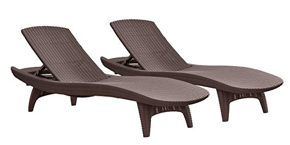 Normally $300, this 2-pack of lounge chairs is 48 percent off today (Photo via Amazon)