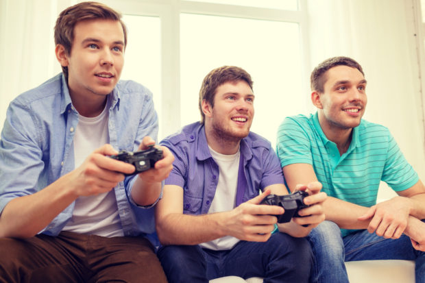 Bros gaming/ Shutterstock